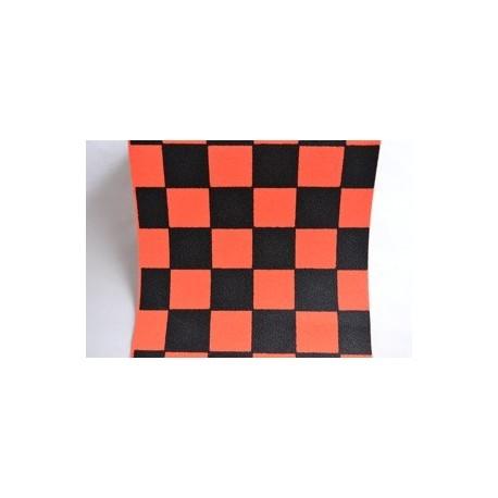 Grip de skate à damiers orange - dimensions: 80 x 22 cms