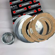 Kit embrayage 4 disques garnis + 3 disques lisses + ressort renforcé, Ferodo - Vespa 50, Primavera, ET3 et PK 50, 125